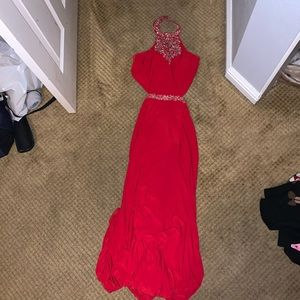 9/10 Red Alex and Sophia Prom Dress